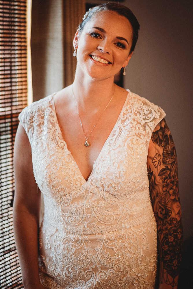 A smiling Connecticut bride